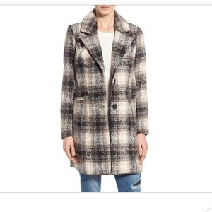 Steve Madden Plaid Coat Size Medium